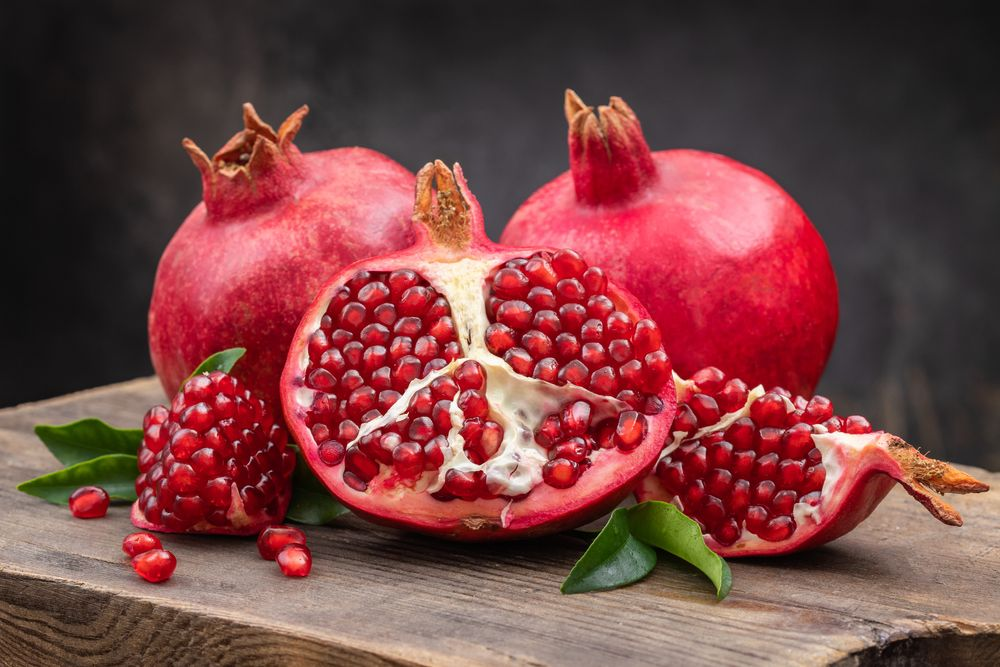 Pomegranate-Health-Benefits-Uses-and-More