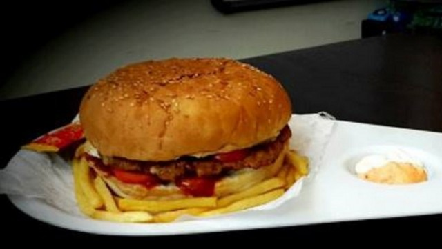 20 Best Fast Food Centers In Pune  - Crazy Masala Food